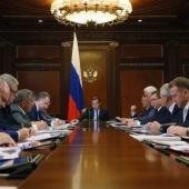 Медведев распорядился стимулировать ипотеку для ИЖС