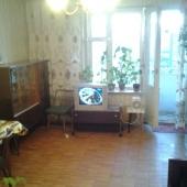 Квартира однокомнатная продается на Тарусской, но нуждается в ремонте