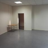 Небольшая комната сдается под офис либо склад во 2-ом Южнопортовом проезде, 26А