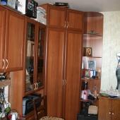 2 маленькая комната, при входе прямо