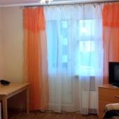 Мебель в комнате остается другим хозяевам, цена квартиры невысока