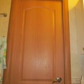 Новая дверь в ванной комнате