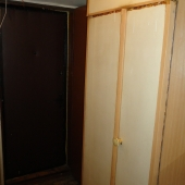 Шкаф при выходе