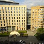 Красивый вид из окна на ул. Нижняя Красносельская, д. 44
