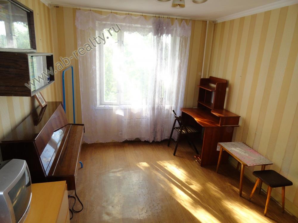 Комната 12 метров, можно завезти мебель