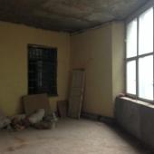 Вид офисных свободных помещений в аренду изнутри