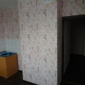Фотография с проходом в коридор из кухни - это квартира на Крылатских Холмах