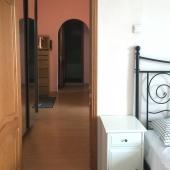 Вид на коридор из второй комнаты