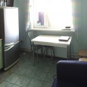 Обеденный стол на кухне, адрес: Нахимовский проспект, дом 63 - аренда