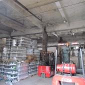 Внутренние помещения склада на Комсомольской улице, которые сдаются в аренду