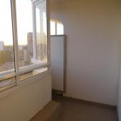 В квартире на Атласова есть 2 застекленные лоджии