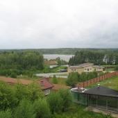 Это вид с террасы и бассейн 234 м2