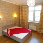 Квартира эта пока сдается за 100 тыс. рублей