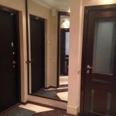 Коридор и входная дверь - см. дизайн!