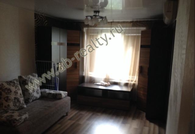 Жилая комната площадью 18 метров