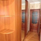 Это коридор от входной двери до двери на кухню