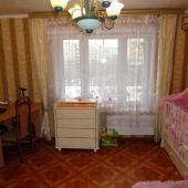 Эта комната по площади 12 м2