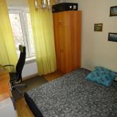 Эта комната используется как спальная. Метраж 10 м2.