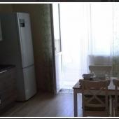 Там же на кухне выход на лоджию!