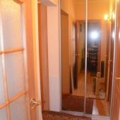 Фотография коридора в двушке на пересечении Новокосинской и Суздальского