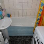 Санузел: раковина, ванная, стиральная машина