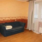 Диван раскладной - спальное место, под аренду срочно!