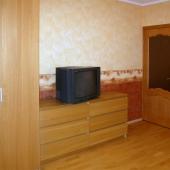 Фото с дверью в жилую комнату
