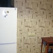 Есть и холодильник