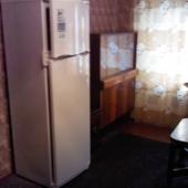 Присутствует холодильник