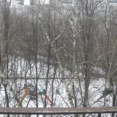 Еще окна выходят в сторону дублера Ленинского проспекта