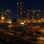 Это вид во двор в сторону улицы Радужной, которая параллельна Солнечной