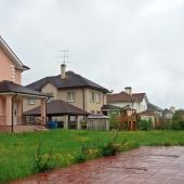 Свежая фотография дома в Приозерье