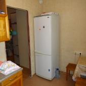 Да, вот и холодильник - тоже важная вещь для аренды
