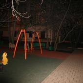 Для детей есть площадка во дворе