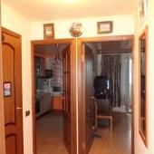 Фотография из общего коридора со стороны лестничной клетки