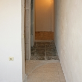 Выходим из кухни в доме номер 13 по улице Академика Анохина, где собственно и продается наша квартира из 3-х комнат.