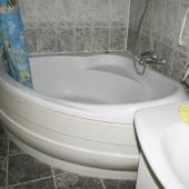 Есть угловая ванная
