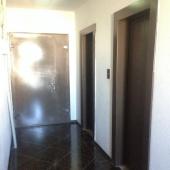Общий коридор, когда выходишь из квартиры