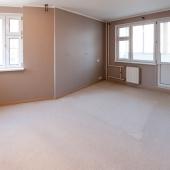 Эта вторая комната довольно большая