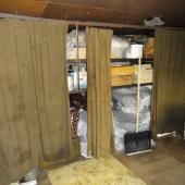 Стеллажи в гараже - для справки за гараж хозяева хотят 600 тысяч рублей