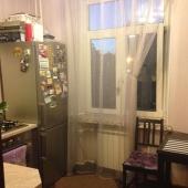 Кухня в этой однокомнатной квартире