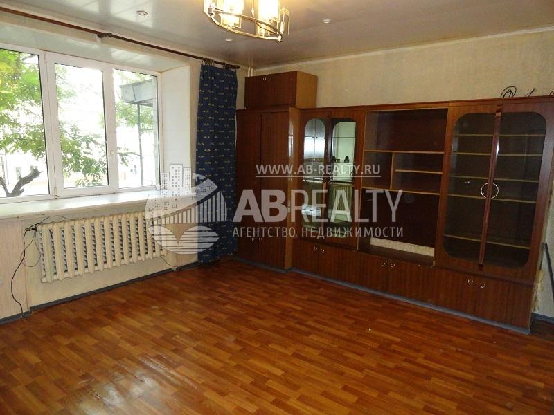 Большая комната у Таганки, площадь 17 метров