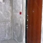 Входная дверь в этой квратире
