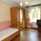 Вторая комната поменьше площадью - получается 12 метров
