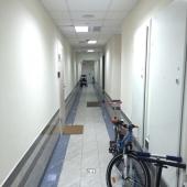 Общий коридор, где можно хранить велосипед