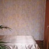 Интерьер комнаты - надеемся, что вы поймете как она обставлена
