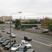 Вид из окна на улицу