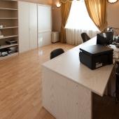 Комната для работы: кабинет или офисная