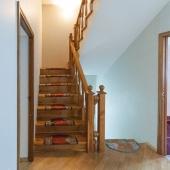 Далее лестница на 3 этаж