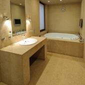 И ванная в-третьих